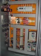 Montagem quadros e caixas eletricas